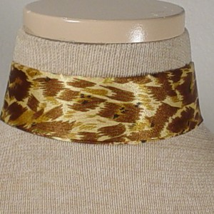 Choker_-_Gold_and_Brown